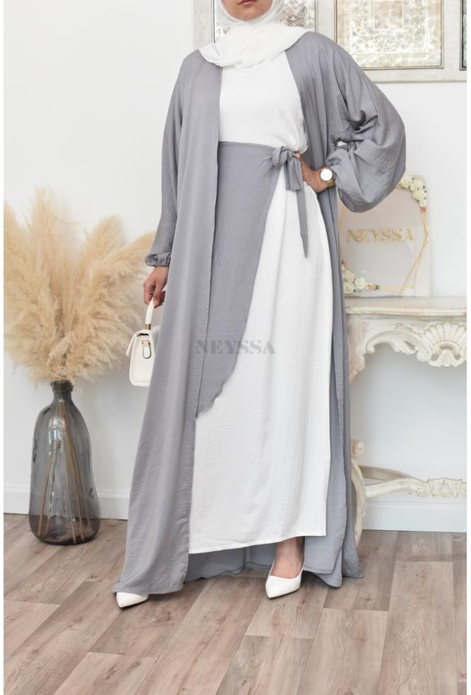 Abeautiful 4-piece Abaya Dubai set for Muslim women