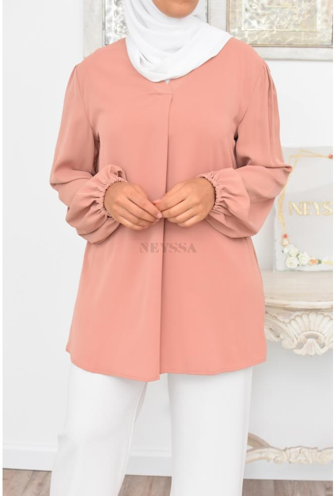 Perfect summer blouse for veiled women